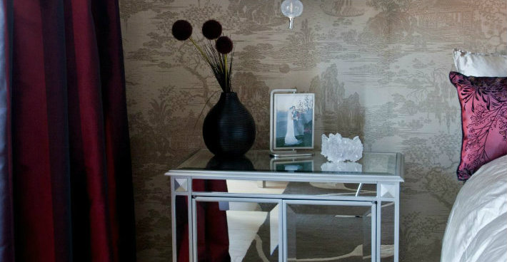 The Best Mirrored Nightstands in the World The Best Mirrored Nightstands in the World The Best Mirrored Nightstands in the World cover8   cover8
