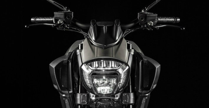 Ride in a great style with Ducati Diavel Titanium Ducati Ride in a great style with Ducati Diavel Titanium frente1