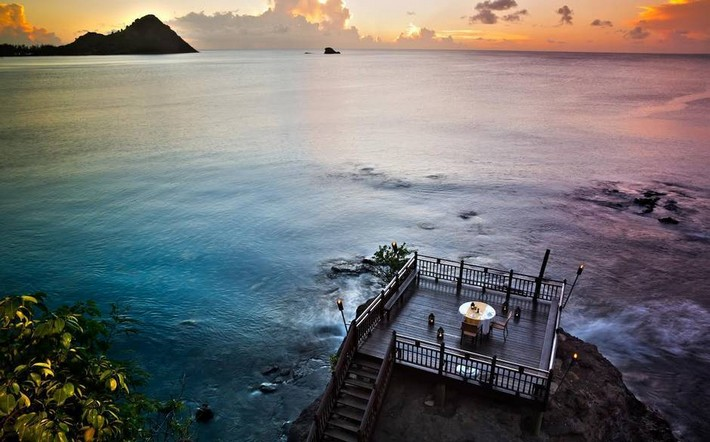 Romantic Restaurants around the World Romantic Restaurants around the World Romantic Restaurants around the World st lucia cover
