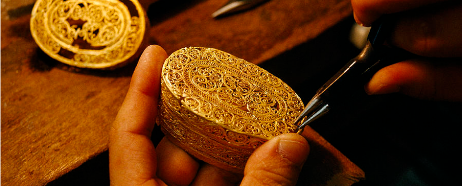 filigree-mirror-limited-edition-design-jewelry-making-techniques (15) Filigree Mirror Filigree Mirror – Limited Edition Design Jewelry Making Techniques filigree mirror limited edition design jewelry making techniques 15