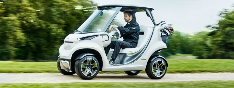 Mercedes-Benz Releases the Most Luxurious Golf Cart on the World Mercedes-Benz Mercedes-Benz Releases the Most Luxurious Golf Cart on the World Feature 4