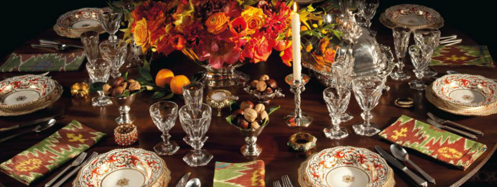 The Ultimate Holiday Season Table Setting is in Auction auction The Ultimate Holiday Season Table Setting is in Auction Feature 16