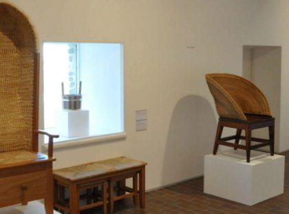 Limited Edition Orkney Chair by David Kirkness in Exhibition orkney chair Limited Edition Orkney Chair by David Kirkness in Exhibition Kevin Gauld Furniture Maker  420x311
