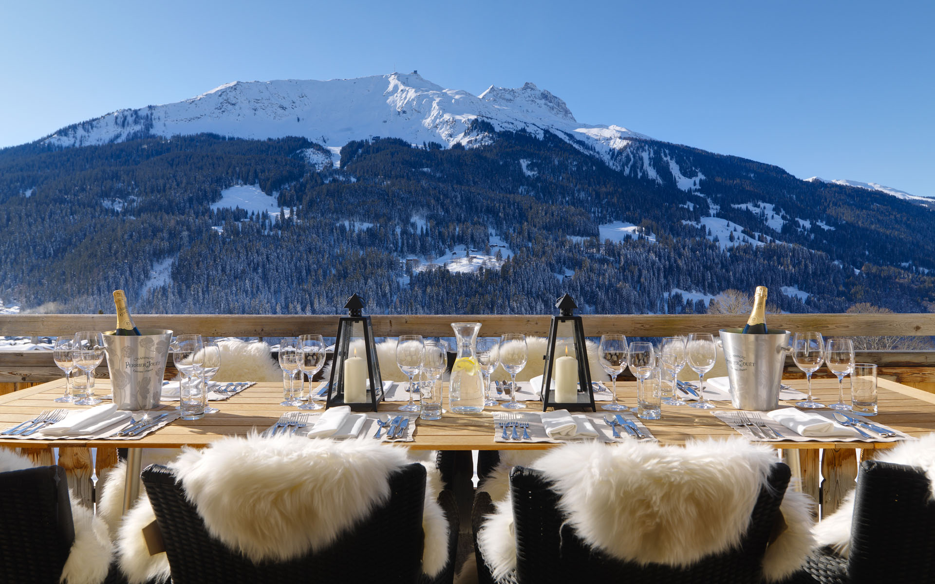 Stunning Luxury Chalets for Winter Holidays on the Nature