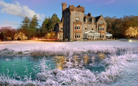 new years eve day 4 Luxury Hotels for The Most Glamorous New Years Eve Day 2017 Eriska hotel at christmas from pond 480x300