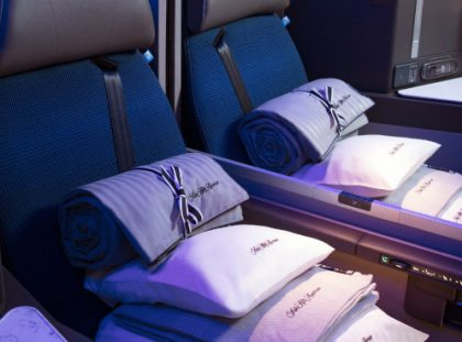 The Best Business Class Amenities for 2018 business class The Best Business Class Amenities for 2018 United Polaris Middle Seats new 420x311