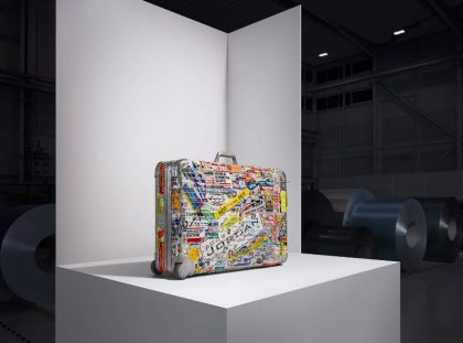Rimowa Re-Introduces Their Iconic Aluminum Case with Karl Lagerfeld rimowa Rimowa Re-Introduces Their Iconic Aluminum Case with Karl Lagerfeld RIMOWA Re Introduces Their Iconic Aluminum Case with Karl Lagerfeld 2     420x311