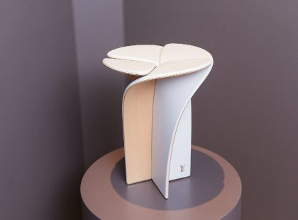 Blossom Stool – A Piece Designed by Louis Vuitton and Tokujin Yoshioka Louis Vuitton Blossom Stool – A Piece Designed by Louis Vuitton and Tokujin Yoshioka Blossom Stool     A Piece Designed by Louis Vuitton and Tokujin Yoshioka featured 420x311