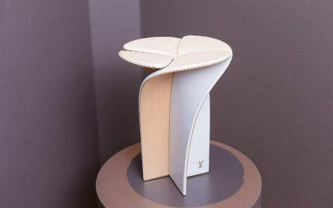 Louis Vuitton Blossom Stool – A Piece Designed by Louis Vuitton and Tokujin Yoshioka Blossom Stool     A Piece Designed by Louis Vuitton and Tokujin Yoshioka featured 480x300