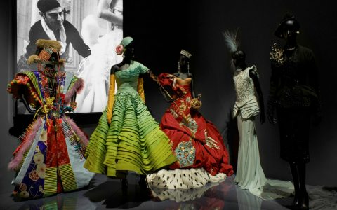 Christian Dior V&A Exhibition Highlights – Christian Dior, The Designer of Dreams VA Exhibition Highlights Christian Dior The Designer of Dreams featured 480x300