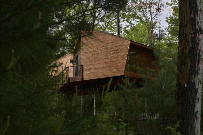 Anthony Gibbon's Twine House Is A Testament To Modern Architecture (7)