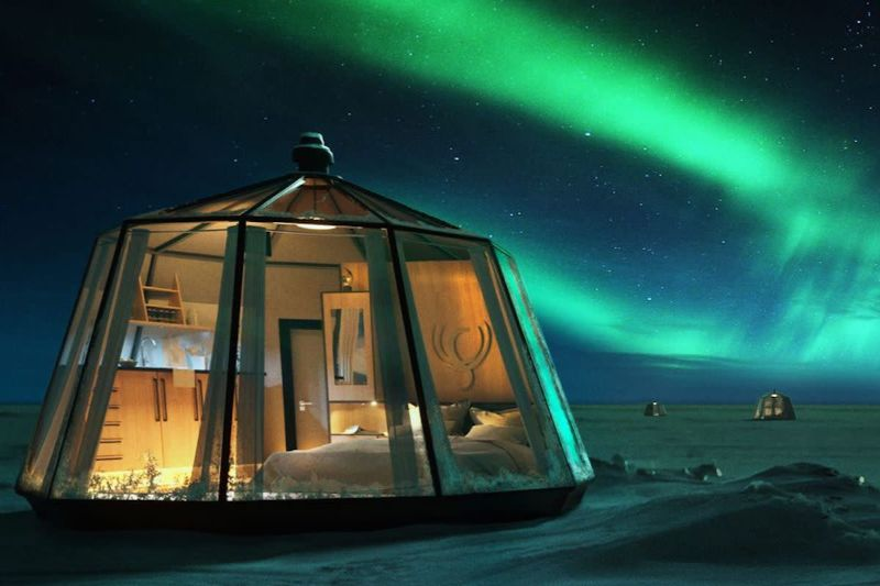 Icy Luxury Retreats In The Artic Circle (8) luxury retreat Luxury Retreats In The Arctic Circle That Defy Nature's Laws Icy Luxury Retreats In The Artic Circle 8