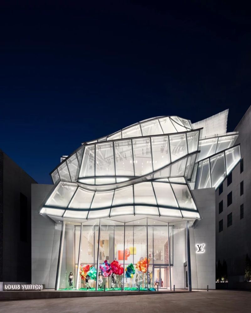 Frank Gehry and Peter Marino Join Force For Louis Vuitton's Seoul Store (1) frank gehry Frank Gehry and Peter Marino Join Force For Louis Vuitton's Seoul Store Frank Gehry and Peter Marino Join Force For Louis Vuittons Seoul Store 1