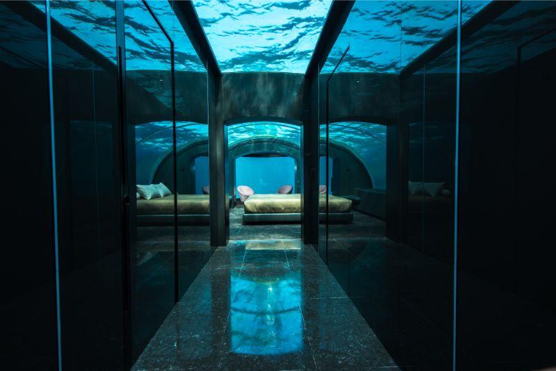 Underwater Bedroom Is The Ultimate Luxury Experience in Maldives (1) luxury experience Underwater Bedroom Is The Ultimate Luxury Experience in Maldives Underwater Bedroom Is The Ultimate Luxury Experience in Maldives 1