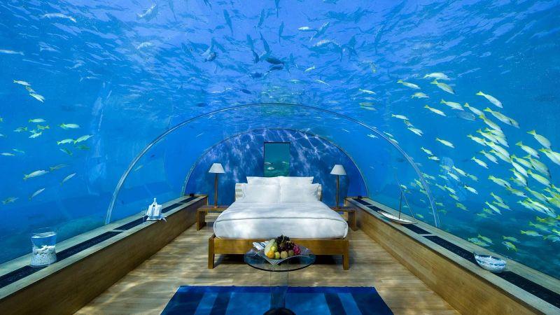 Underwater Bedroom Is The Ultimate Luxury Experience in Maldives (2) luxury experience Underwater Bedroom Is The Ultimate Luxury Experience in Maldives Underwater Bedroom Is The Ultimate Luxury Experience in Maldives 2