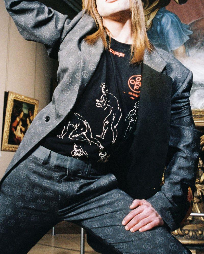 virgil abloh Art Meets Design In Virgil Abloh's Louvre Photoshoot Art Meets Design In Virgil Ablohs Louvre Photoshoot 9