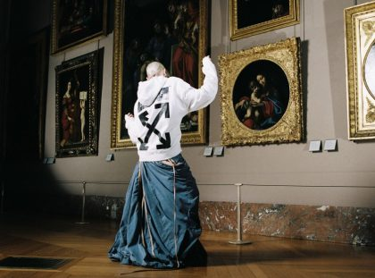 Art Meets Design In Virgil Abloh's Louvre Photoshoot ft virgil abloh Art Meets Design In Virgil Abloh's Louvre Photoshoot Art Meets Design In Virgil Ablohs Louvre Photoshoot ft 420x311