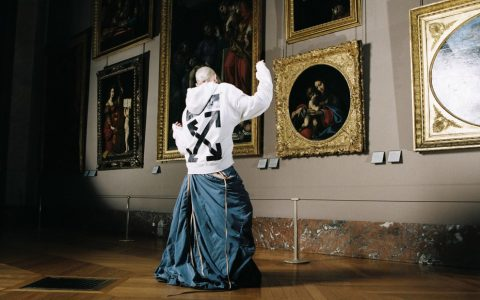 Art Meets Design In Virgil Abloh's Louvre Photoshoot ft virgil abloh Art Meets Design In Virgil Abloh's Louvre Photoshoot Art Meets Design In Virgil Ablohs Louvre Photoshoot ft 480x300