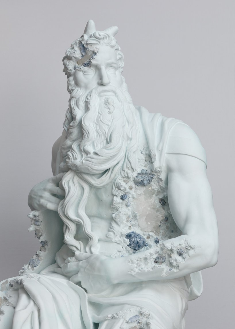 Perrotin Gallery Debuts Innovative Art Sculptures From Daniel Arsham (4) art sculptures Daniel Ashram's Art Sculptures Take Over Perrotin Gallery Perrotin Gallery Debuts Innovative Art Sculptures From Daniel Arsham 4