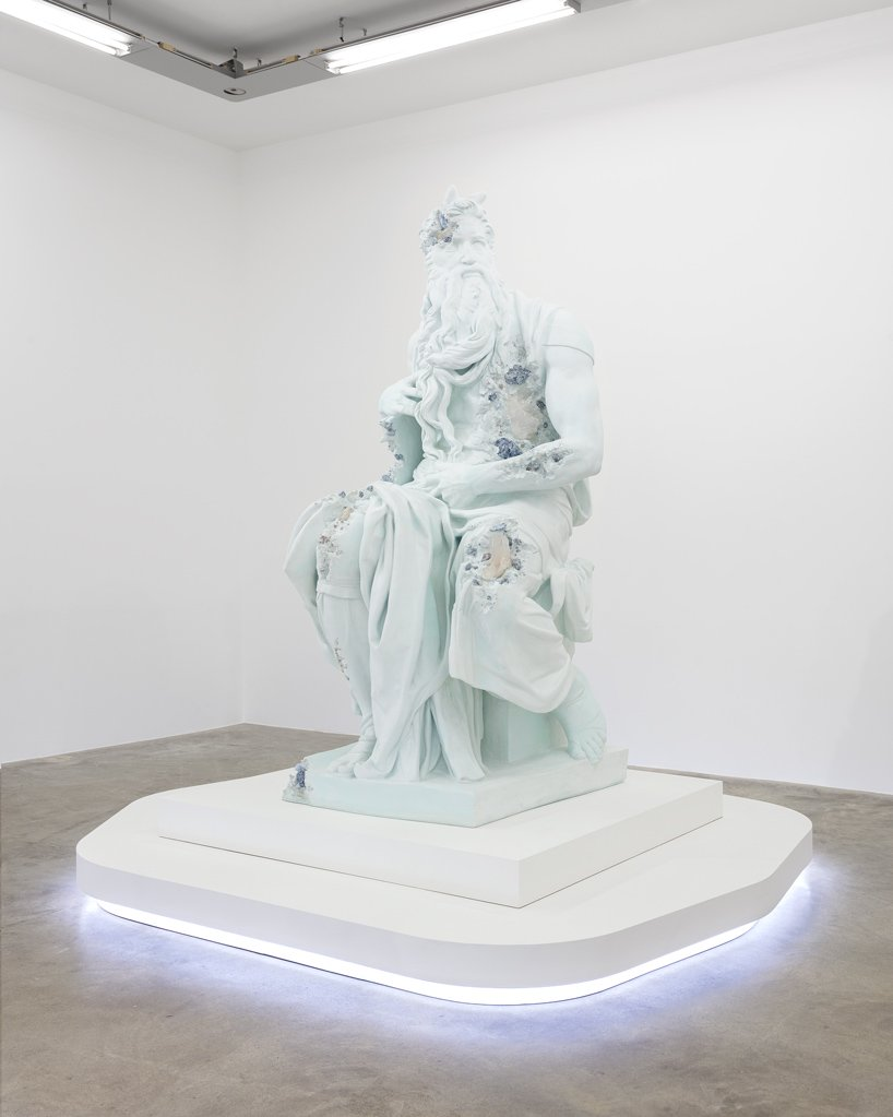Perrotin Gallery Debuts Innovative Art Sculptures From Daniel Arsham (9) art sculptures Perrotin Gallery Debuts Innovative Art Sculptures From Daniel Arsham Perrotin Gallery Debuts Innovative Art Sculptures From Daniel Arsham 9