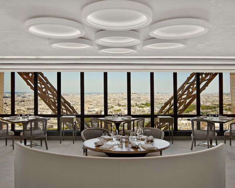 Rediscover Le Jules Verne, A Luxury Restaurant Inside The Eiffel Tower (7) luxury restaurant Rediscover Le Jules Verne, A Luxury Restaurant Inside The Eiffel Tower Rediscover Le Jules Verne A Luxury Restaurant Inside The Eiffel Tower 7