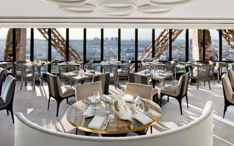 Rediscover Le Jules Verne, A Luxury Restaurant Inside The Eiffel Tower ft luxury restaurant Rediscover Le Jules Verne, A Luxury Restaurant Inside The Eiffel Tower Rediscover Le Jules Verne A Luxury Restaurant Inside The Eiffel Tower ft 480x300
