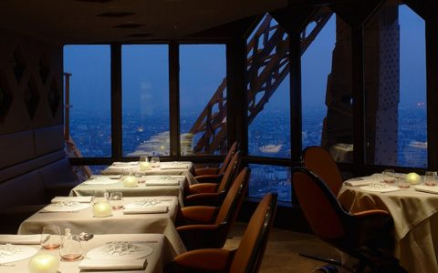 luxurious restaurants The Most Luxurious Restaurants Around The World Fi 480x300
