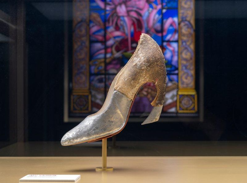 Christian Louboutin Displays Its Works And Creativity In Iconic Exhibition (9) christian louboutin Christian Louboutin Displays Its Works And Creativity In Iconic Exhibition Christian Louboutin Displays Its Works And Creativity In Iconic Exhibition 9