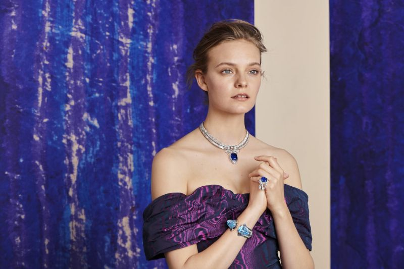 Van Cleef And Arpels Jewelry Collection Inspired By Romeo and Juliet van cleef and arpels Van Cleef And Arpels Jewelry Collection Inspired By Romeo and Juliet Van Cleef and Arpels High Jewellery Collection Brings Shakespeare To Life 6