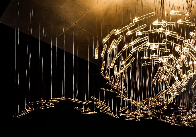Illuminating Experiential Sculptures by Studio Drift studio drift Illuminating Experiential Sculptures by Studio Drift Drift Illuminates Parallels Between Man Made and Natural Structures 1