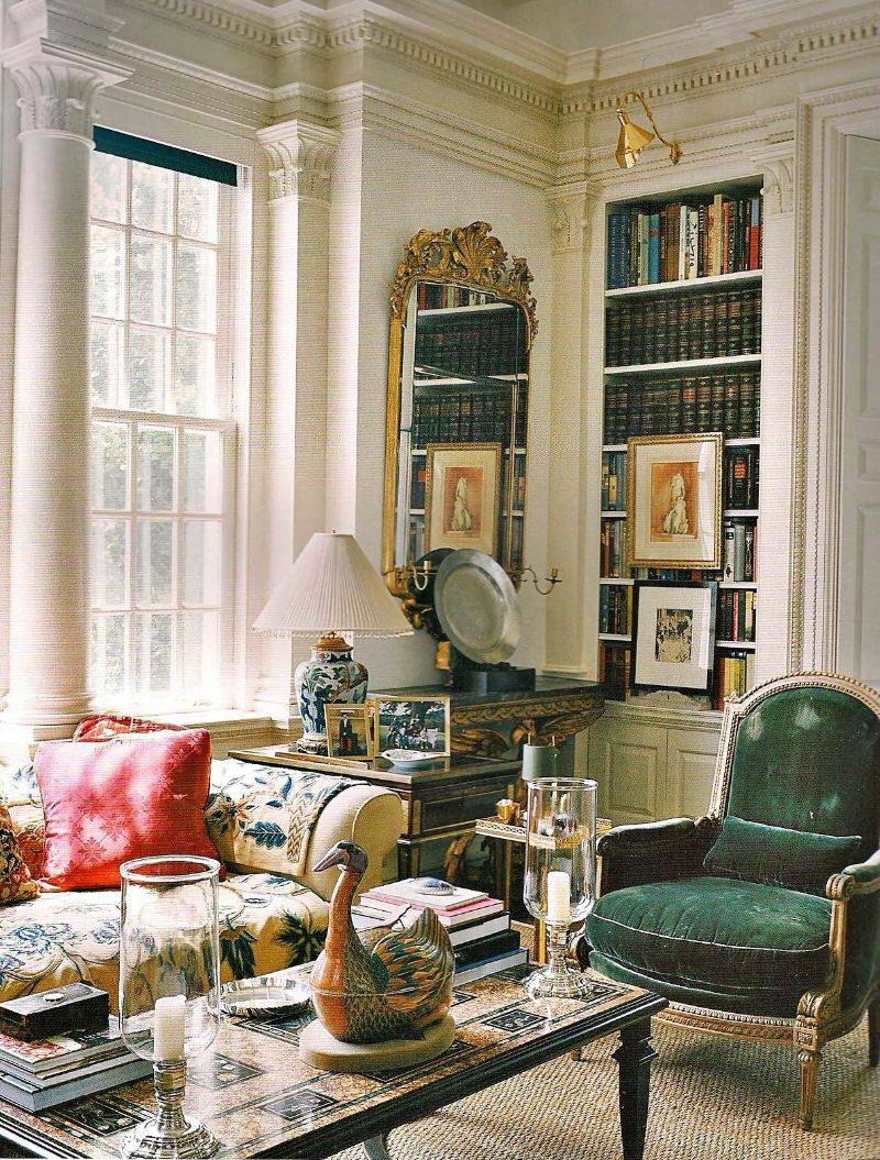 7 Haute Couture Fashion Names Turned High-End Interior Designers high-end interior designer 7 Haute Couture Fashion Names Turned High-End Interior Designers Oscar de la Renta House Home
