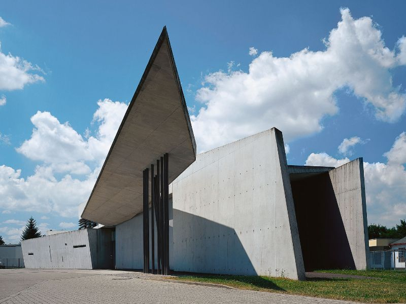 architectural building Imposing Architectural Buildings Featuring Deconstructed Design Vitra Fire Station