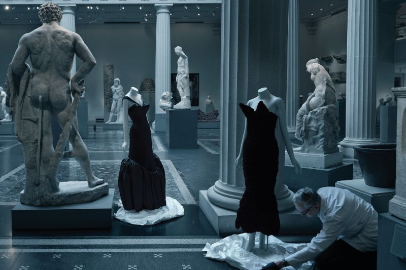 "Unraveling Details About Met Gala's ""About Time: Fashion and Duration"" met Unraveling Details About Met Gala's ""About Time: Fashion and Duration"" Discover The Luxury Fashion Garments Behind The Postponed Met Gala 11"