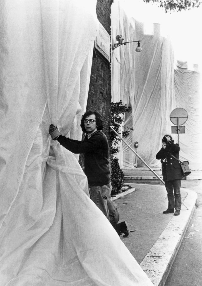 christo Christo – The Famous Artists Who Wrapped The World  Aurelian Walls1
