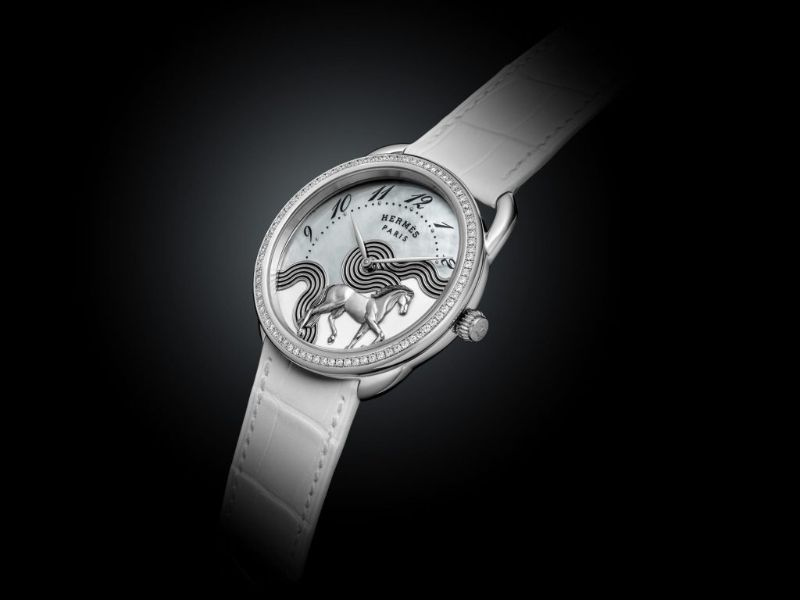 Hèrmes Releases A New Luxury Watch Highlighting Equestrian Designs  (2) hermès Hermès Releases A New Luxury Watch Highlighting Equestrian Designs  H  rmes Releases A New Luxury Watch Highlighting Equestrian Designs 2
