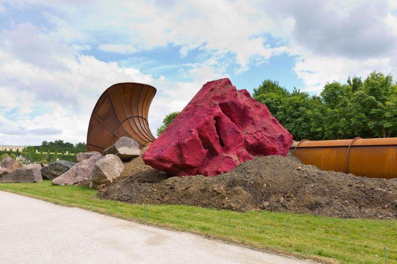Anish Kapoor's Revolutionary Artworks Throughout The Years (4) anish kapoor Anish Kapoor's Revolutionary Artworks Throughout The Years Anish Kapoors Revolutionary Artworks Throughout The Years 4