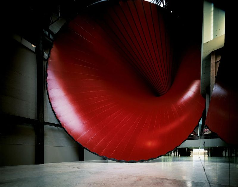 Anish Kapoor's Revolutionary Artworks Throughout The Years (9) anish kapoor Anish Kapoor's Revolutionary Artworks Throughout The Years Anish Kapoors Revolutionary Artworks Throughout The Years 9