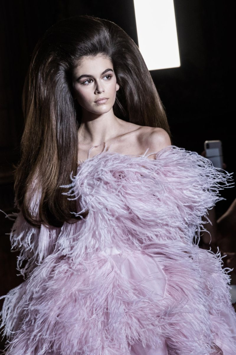 Walk Down Memory Lane - The 12 Most Iconic Haute Couture Looks (7) haute couture Walk Down Memory Lane – The 12 Most Iconic Haute Couture Looks Walk Down Memory Lane The 12 Most Iconic Haute Couture Looks 7
