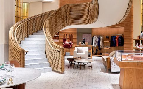 Hermès Debuts It's Sydney Flaship Store With An Imposing Staircase ft hermès Hermès Debuts It's Sydney Flagship Store With An Imposing Staircase Hermes Debuts Its Sydney Flaship Store With An Imposing Staircase ft 480x300