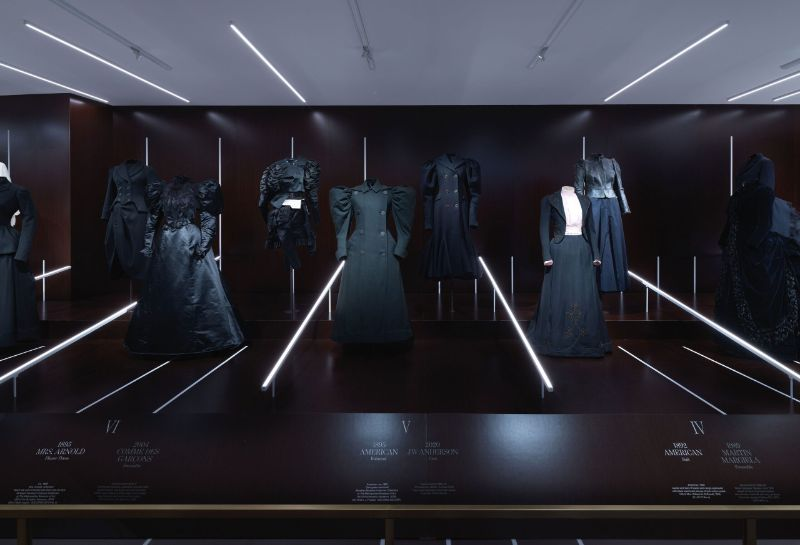 'About Time: Fashion and Duration' Exhibition At The Met Is Finally Here the met 'About Time: Fashion and Duration' Exhibition At The Met Is Finally Here About Time Fashion and Duration Exhibition At The Met Is Finally Here 6