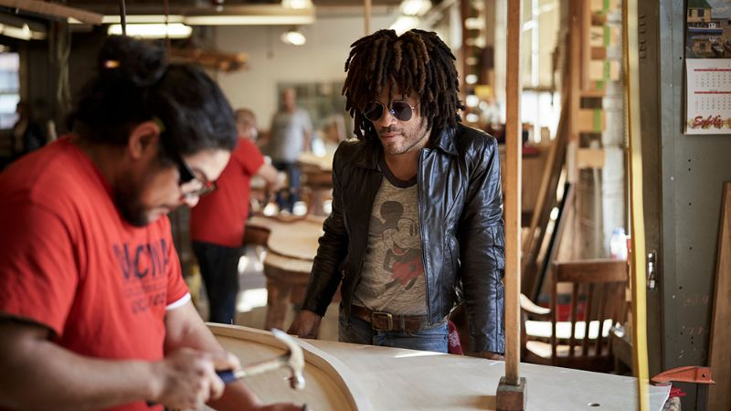 Lenny Kravitz Embedded His Essence Into A Steinway & Sons Piano lenny kravitz Lenny Kravitz Designs A Steinway & Sons Piano With African Influences Lenny Kravitz Embedded His Essence Into A Steinway Sons Piano 9