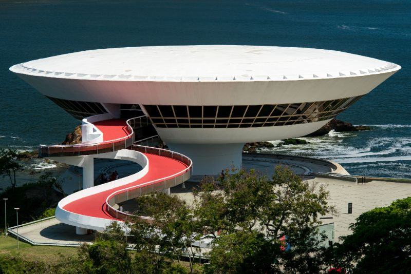 The 15 Most Amazing And Innovative Museum Designs All Over The World museum design The 15 Most Amazing And Innovative Museum Designs All Over The World The Niteroi Contemporary Art Museum
