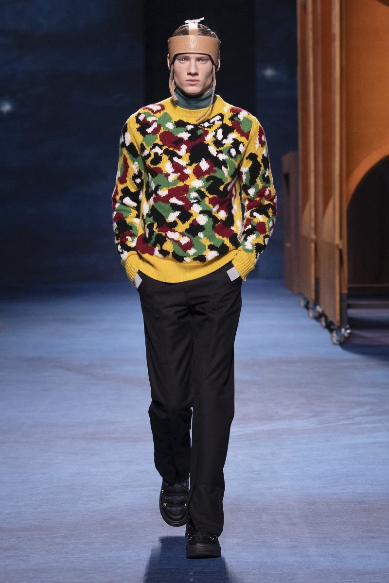 Luxury Menswear Fashion Collections With An Artistic Flair fashion collection Luxury Menswear Fashion Collections With An Artistic Flair 00014 DIOR MENSWEAR FALL 21 1