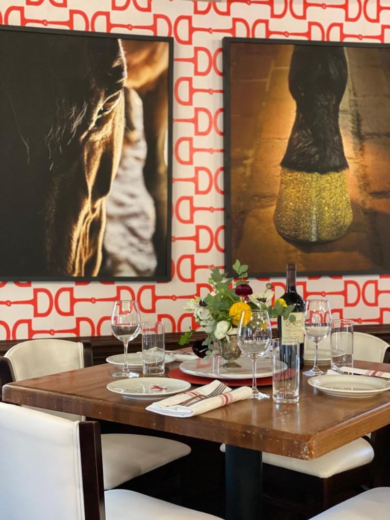 Luxury Restaurants Where Art Is Served-Up luxury restaurant Luxury Restaurants Where Art Is Served-Up 84d4a122d4a128fa36a1e0f2d8373ee7 1