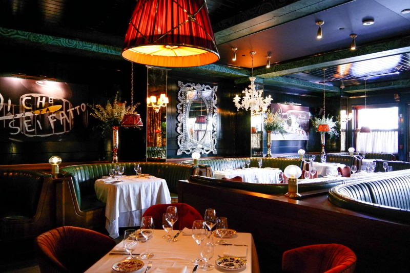 Luxury Restaurants Where Art Is Served-Up luxury restaurant Luxury Restaurants Where Art Is Served-Up Carbone 6 1