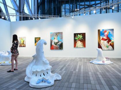 Highlights At New York's First Live Art Fair - Frieze 2021